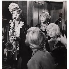 Original US production still for the 1959 Billy Wilder comedy voted the best comedy of all time. All Star, Melvyn Douglas, The Truman Show, Jack Lemmon, Billy Wilder, Great Comedies, Fantastic Mr Fox, Tony Curtis, Gentlemen Prefer Blondes