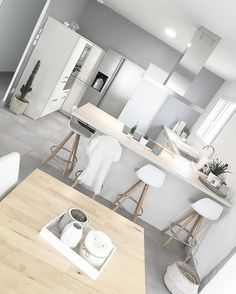 Fantastic modern kitchen room are available on our website. Home Decor Kitchen, Kitchen Interior, New Kitchen, Home Kitchens, Kitchen Ideas, Cuisines Design, Sweet Home, Room Decor, Kitchen Remodeling