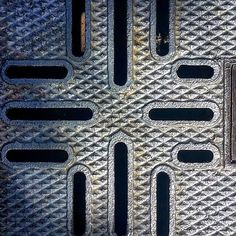 Texture of the day  #texture #textureoftheday #design #pattern #metal #elements #texturebing #photooftheday #themomo