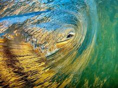 Photo de surf par Chris Burkard