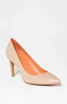 Via Spiga Harrietta Pump (Nordstrom Exclusive) | Nordstrom, $87 on sale. (Suggested item to recreate this working mom outfit idea: http://www.franticbutfabulous.com/2013/04/10/personal-style-in-action-ideal-date-night-outfit/?utm_medium=social_media_campaign=FBFsocial)