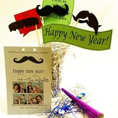 Super cute idea for all occasions! Printable New Year's Eve Photo Props