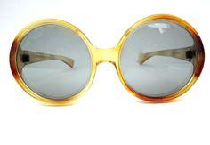 60s round oversize sunglasses