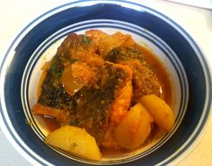 SALMON CURRY....HOME COOKED...FOR LUNCH Salmon Curry, Pot Roast, Cooking Recipes, Lunch, Ethnic Recipes, Food, Carne Asada, Roast Beef, Cooker Recipes