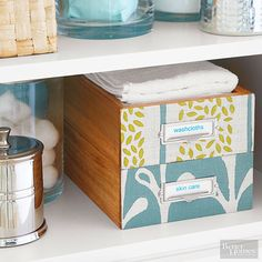 Our list of easy DIY bathroom decor will transform your small bathroom into an organized and pretty room! Get ideas to redecorate on a budget with these weekend projects to transform your bathroom shelving, rugs and vanity.