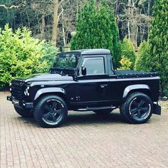 "16 Likes, 1 Comments - @landroverphotoalbum on Instagram: ""@thomasdoran1's @bespokecarsuk 90 in all it's glory. #landrover #Defender90 #landroverdefender…"""