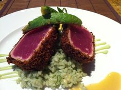 This looks SO good. tuna at sola via www.thefoodarazzi.com