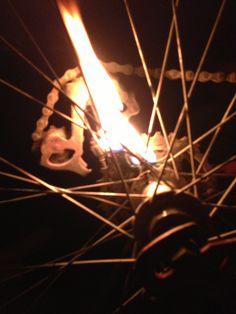 Vélo en flamme
