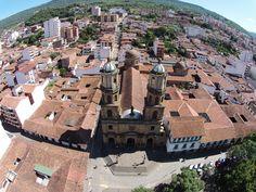 San Gil - Santander. Catedral ubicada en el parque principal la libertad.