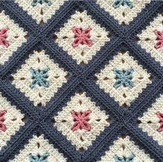 Transcendent Crochet a Solid Granny Square Ideas. Inconceivable Crochet a Solid Granny Square Ideas. Crochet Quilt, Crochet Blocks, Crochet Home, Crochet Motif, Crochet Crafts, Crochet Stitches, Crochet Projects, Crochet Blankets, Baby Blankets