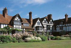 Ascott House   Ascott Estate Places To Visit Uk, Tudor House, Tudor Style, House Painting, Lodges, New Homes, England, Farmhouse, Cottage