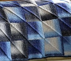 Ravelry: Michelle's Mitered Squares Blanket pattern by Michelle Kupfer