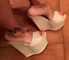 Wedges for Women, inside a a number of on-trend patterns. Hot High Heels, Platform High Heels, High Heels Stilettos, High Heel Boots, Wedge Heels, Sandal Wedges, High Heels Plateau, Clogs, Sexy Sandals