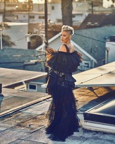 Sneak peek of Sunday's cover star: PINK  Dont miss her in the @dailytelegraph @theheraldsun @couriermail this Sunday.  P!NK (Alecia Beth Moore) Fanclub  http://ift.tt/2uNVxEO