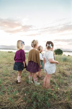 All bows by Free Babes Handmade. Clothing by Blythe and Reese Handmade. // Photo by Sara Hasstedt