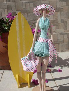 Tilda Dottie Doll by fabiane Maria, via Flickr Doll Clothes Patterns, Doll Patterns, Clothing Patterns, Vintage Crafts, Doll Hair, Soft Dolls, Couture, Diy Doll, Plush Dolls