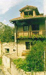 Buelles: huisje, tussen de bergen en de kwaliteit en comfort op zee Huis met tuin