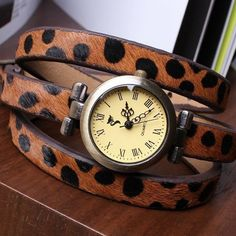 Vintage Fashionable 3 Colors Genuine Leather Leopard Strap Roma Header For Women Girls Quartz Watch