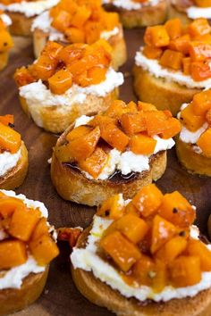 From cheese balls to mini tarts here are 20 of the Best of Pinterest Thanksgiving Appetizers to satisfy your family before the big meal. Thanksgiving Deviled Eggs, Thanksgiving Appetizers, Best Appetizers, Thanksgiving Recipes, Appetizer Recipes, Cranberry Salsa, Pumpkin Hummus, Mini Tart