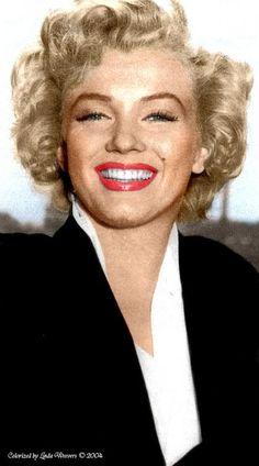 "Marilyn on the set of ""Niagara"", color enhanced"
