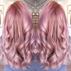@meredithabloom submitted this Easter Pink for our #modernsalon color contest and we LOVE IT! She used Schwarzkopf Essensity: 1 part 5-889 with 3 parts 10-19 for the base. At mid shaft Schwarzkopf Igora: 9-18 with a dash of 9-22. Toned with Schwarzkopf Blonde Me: 4 parts Strawberry 1/2 part Lilac. Have YOU entered our #modernsalon Pastel Perfection contest?? See previous posts for the rules and what we're looking for!