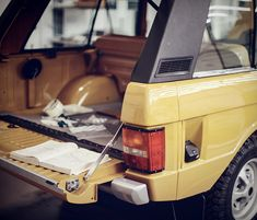 """Last year Land Rover announced the launch of its Reborn"""" initiative, a restoration programme that involves returning old Land Rover´s to their former glory, restoring them with all of their original specifications using original parts. Range Rover V8, Range Rover Classic, 4x4, Chevy Silverado, Broncos, Jeeps, Pantone, Rage, Dream Cars"""
