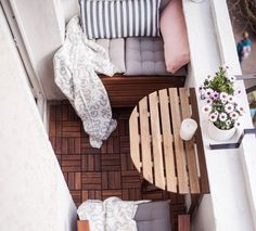 Close your eyes and think of a memory that involves sitting on a porch or balcony. Balcony Decoration, Balcony Ideas, Winter Balcony, Apartment Balconies, Outdoor Furniture, Outdoor Decor, Outdoor Spaces, New Homes, Porch