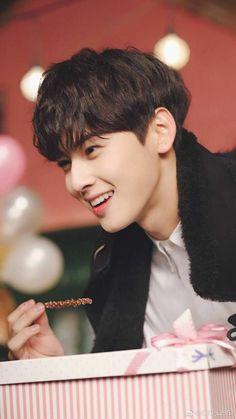 Such a beauty 💞 Asian Actors, Korean Actors, Jinjin Astro, Astro Wallpaper, Cha Eunwoo Astro, Lee Dong Min, Young K, Joo Hyuk, Park Hyung Sik