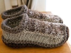 Easy Homesteading: Free Non-felted Slippers Pattern. For Dad christmas?