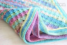 such pretty baby colors, and I love the stitch pattern!