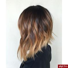 61 Best Inverted Bob Hairstyles for 2019 Sun-Kissed (Balayaged) Inverted Long Bob Inverted Bob Hairstyles, Easy Hairstyles, Concave Bob Hairstyles, Shaggy Haircuts, Hairstyles 2016, Medium Hair Styles, Short Hair Styles, Haircut And Color, Ombre Hair