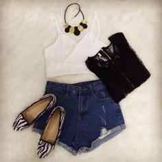 Black Short Sleeve Lace Crop Top