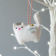 Are you interested in our Cat personalised Christmas decoration? With our Cat Christmas ornament you need look no further.