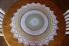 Free Crochet Pattern ~ Between-Meal Centerpiece ~ http://www.ravelry.com/patterns/library/between-meal-centerpiece
