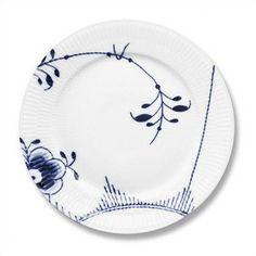 "Royal Copenhagen Blue Fluted Mega 3.25"" Souflee Dish | Wayfair"