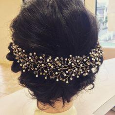 やっぱり、大人気カラーはゴールド!!! 今の季節だと、ウェディングドレスにも浴衣にもピッタリ♪ 花嫁さんだけの小枝アクセサリーでは、ないですよ(^^)✳︎ お子様にも、ぜひ☆  #小枝アクセサリー#小枝ヘッドドレス#ゴールド#ワイヤークラフト#handmade #ハンドメイド#wedding #結婚式#party#パーティ#夏祭り