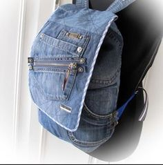 Denim Backpack, Denim Bag, Backpack Bags, Denim Crafts, Recycle Jeans, Recycled Denim, Handmade Bags, Denim Fashion, Purses And Bags