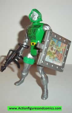 Mattel Toys: marvel super heroes SECRET WARS 1984 vintage action figures 1984 DR DOOM with his weapon and shield and 1 insert Condition: overall excellent. great paint detail and nice joints. very min