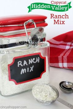 Copycat Hidden Valley Ranch Mix - great for dressings, dips, cooking and more! Make homemade ranch mix. Homemade Spices, Homemade Seasonings, Homemade Ranch Seasoning, Hidden Valley Ranch Mix Recipe, Cooking Tips, Cooking Recipes, Cooking Dishes, Do It Yourself Food, Sauces
