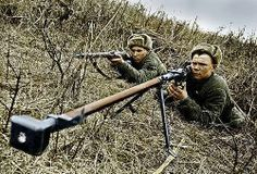 RUSSIAN SOLDIERS with a Mosin Nagant & PTRD 14.5x114mm Antitank rifle