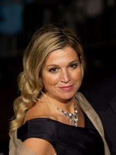 Queen Maxima turnt 45 on May Photo overview. Nassau, Queen Of Netherlands, Royal Hairstyles, Dutch Queen, Queen Maxima, Royal House, Celebs, Celebrities, Royal Fashion