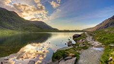 Snowdonia National Park im Wales Reiseführer http://www.abenteurer.net/3359-wales-reisefuehrer/