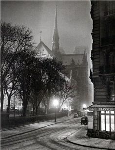 Albert Monier     rue du Cloître-Notre-Dame, Paris     1953