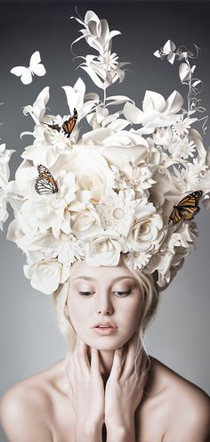 Seductive and surreal, Anna Halldin-Maule's figurative paintings are rendered in hyper-realistic perfection. Halldin-Maule is an exciting young artist who. Foto Fantasy, Paper Fashion, Dress Fashion, High Fashion, Flower Fashion, Fashion Art, Butterfly Fashion, Origami Fashion, Fashion Ideas
