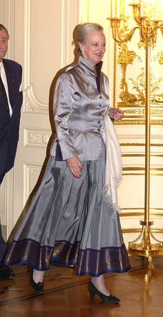 Queen Margrethe Ii & Prince Henrik Of Denmark'S State Visit To Japan.Press Conference At Akasaka Palace, Tokyo. (Photo by Julian Parker/UK Press via Getty Images) Queen Margrethe Ii, Danish Royalty, Danish Royal Family, Royal House, British Royals, Evening Dresses, Prince, Glamour, Gowns