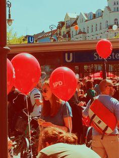 Sonne und Luftballons am Südstern #kdk #spd #kreuzberg