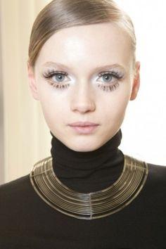 Maxime Simoens fall winter 2013 #twiggy #sixties #eyelashes
