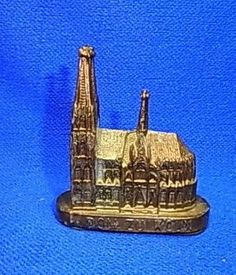 Vintage German Souvenir Building Cologne Dome #L3
