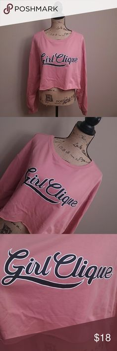 """Divided by H&M XL top ❤Armpit to armpit 26"""" ❤Length 18"""" 🚫🚬 🚫🐜 Divided brand by H&M size XL half shirt style cotton lightweight sweatshirt on the front and navy blue and white says girl clique. The color is a beautiful rose pink. Literally never worn I took the tags off but didn't wear it. Just didn't like it on myself. But it is an adorable shirt ⭐I love realistic offers make a bundle I give you a private offer. All clothing and accessories owned by me daughter sister family friends⭐…"""