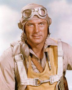 """Impossible de parler des Corsairs, sans parler des 'Têtes Brulées"""" . Robert Conrad alias Greg Pappy Boyington."""
